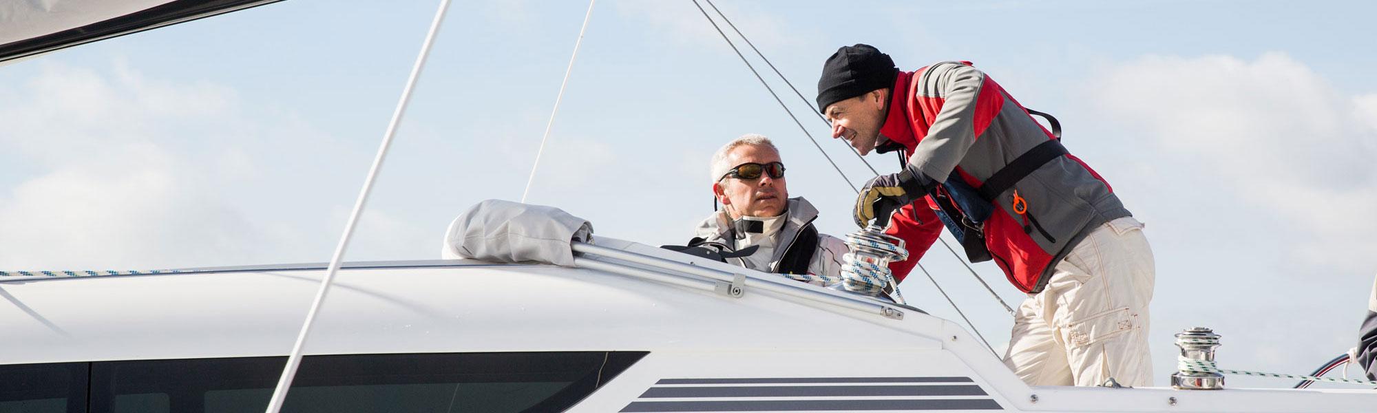 Sail training on Dragonfly 32 trimaran