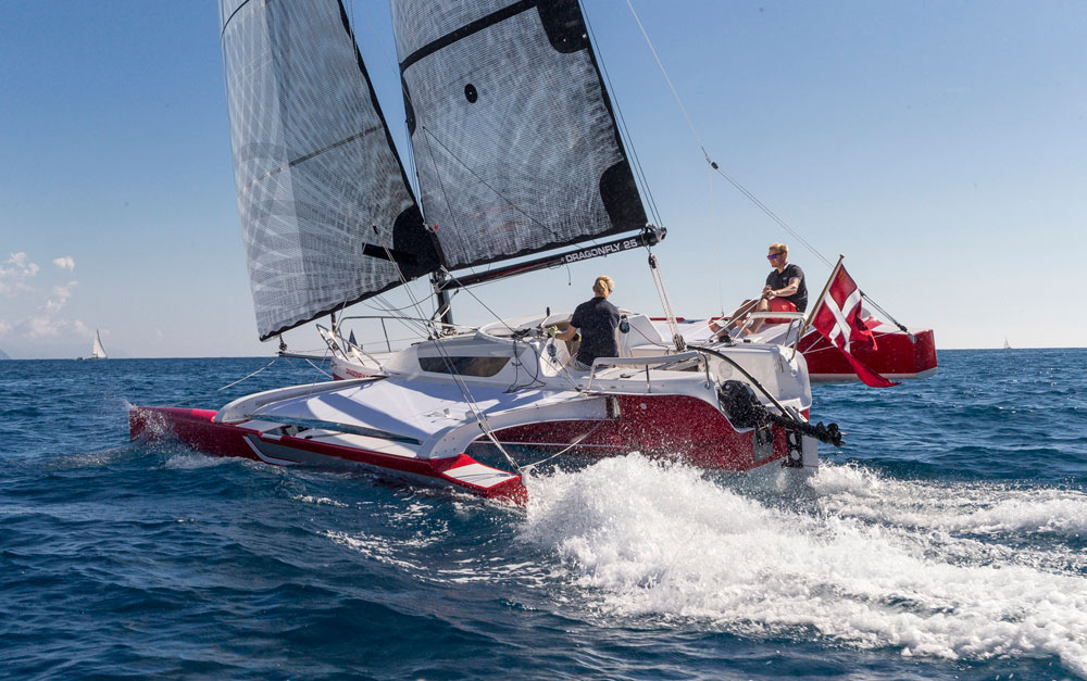 Dragonfly 25 trimaran aft view, with Code 0,