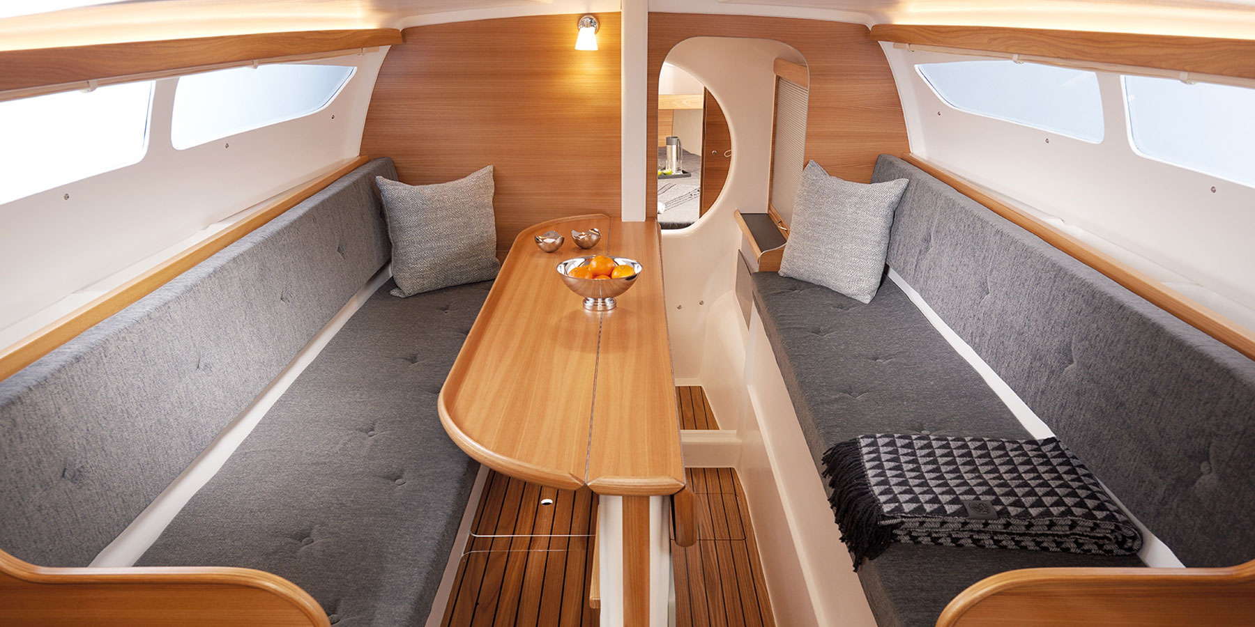 Dragonfly 28 trimaran main cabin looking forward