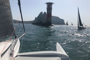 Dragonfly 28 trimaran rounding the Needles