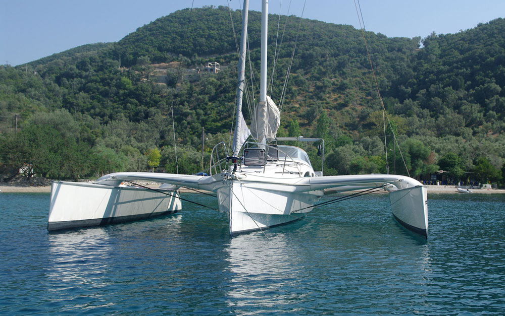 Dragonfly 35 Touring trimaran for sale - at anchor
