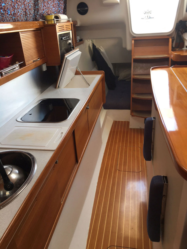 Dragonfly 35 Touring trimaran for sale - galley
