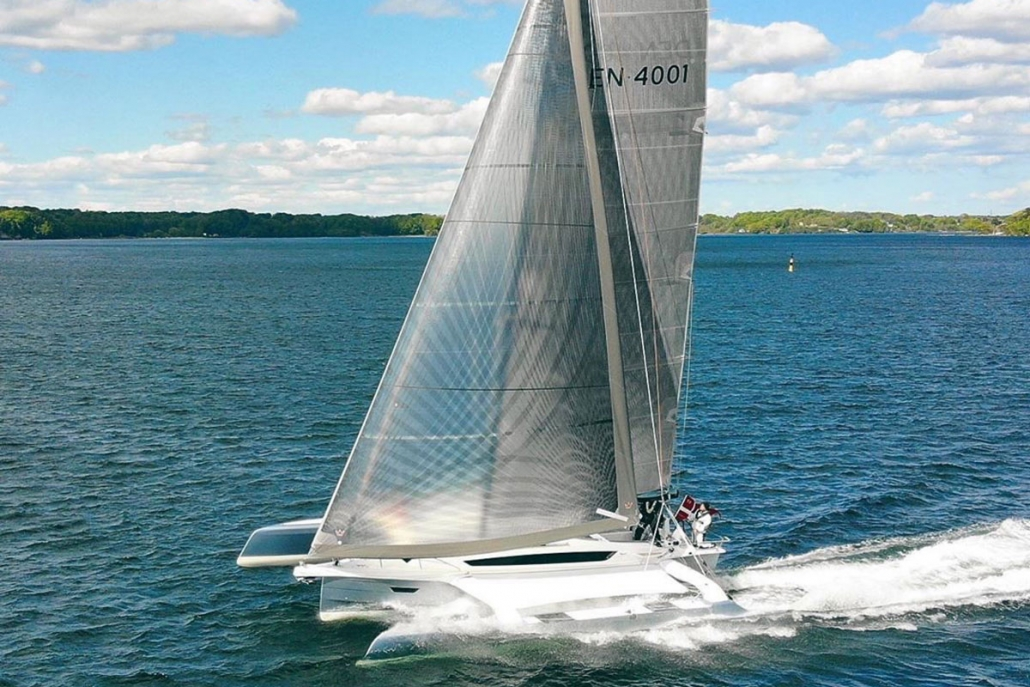 Dragonfly 40 trimaran reaching fast with Code 0