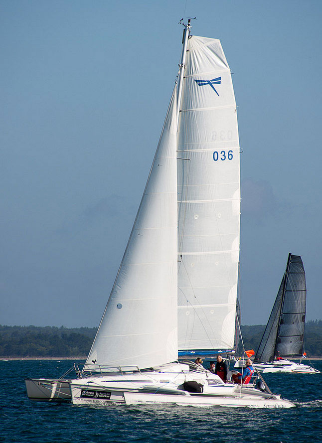 Dragonfly 920 Cruising trimaran for sale