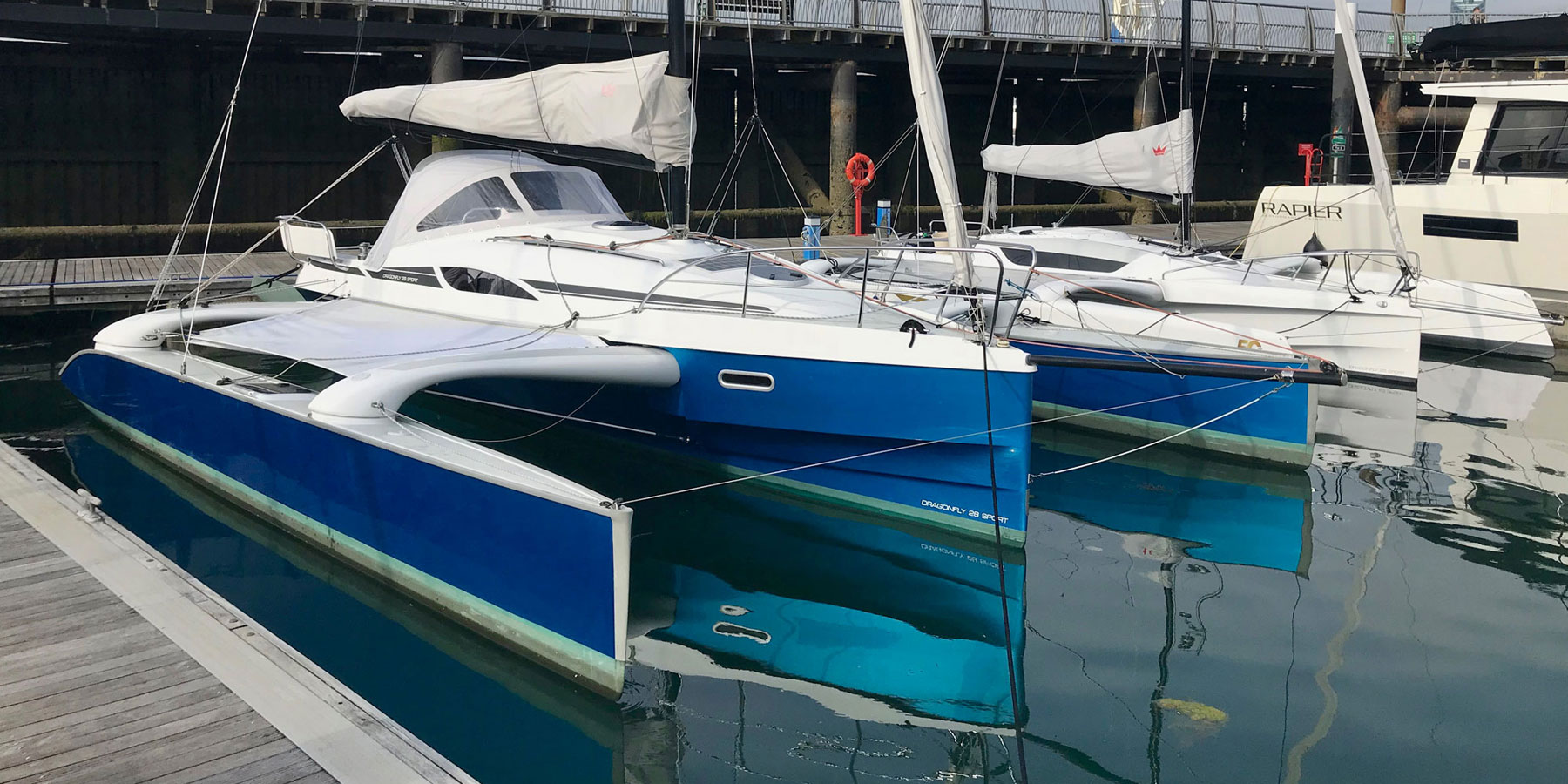 Dragonfly 28 Sport trimaran for sale